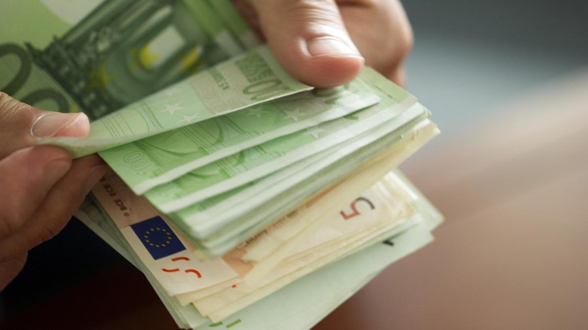 Cash in Hand -49682